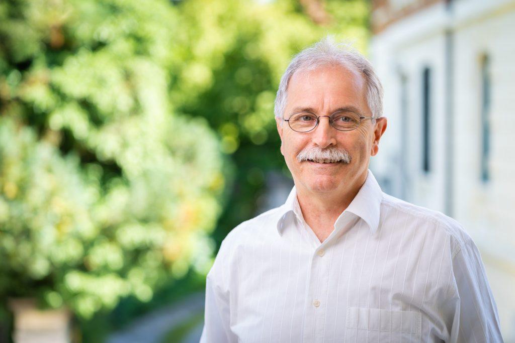 Dr. Lienhard Dieterle
